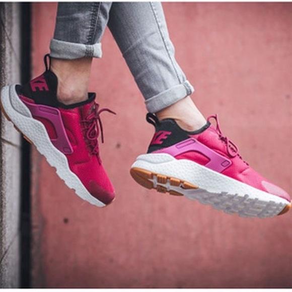 Nike Shoes | Womens Air Huarache